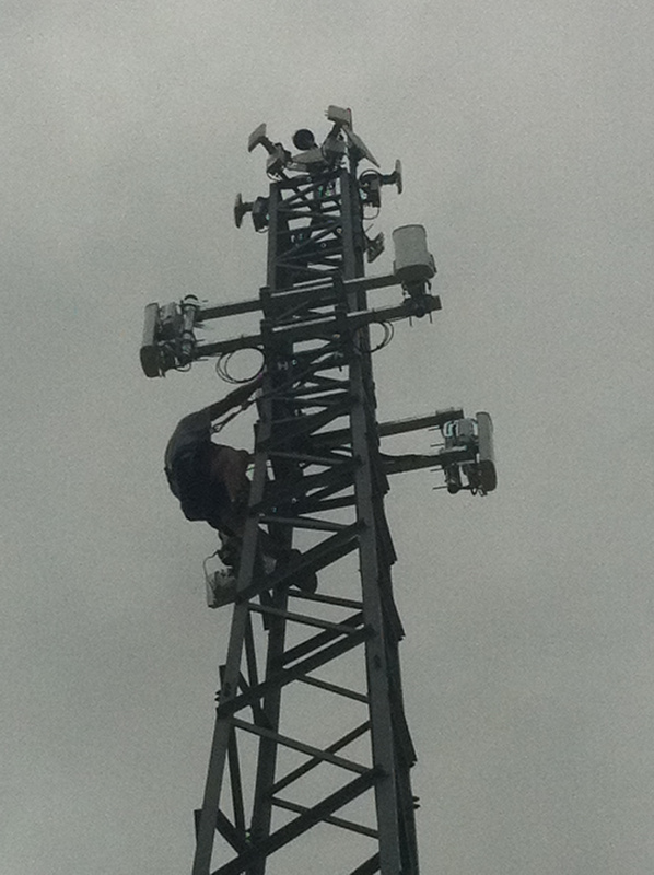 Poste de antenas
