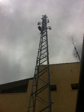 Poste de antenas completo